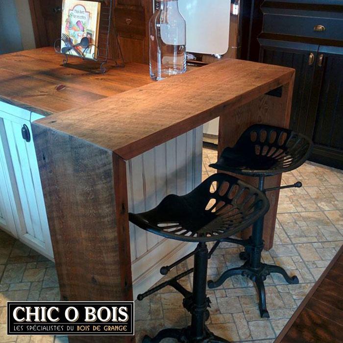 D co table de cuisine en bois de grange 17 76 87 saint for Meuble avec bois de grange